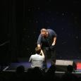 Darren shakes Rick McCallums hand